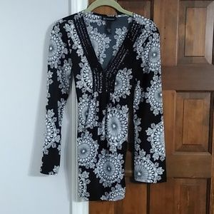 Black & White blouse by I.N.C. International sz S